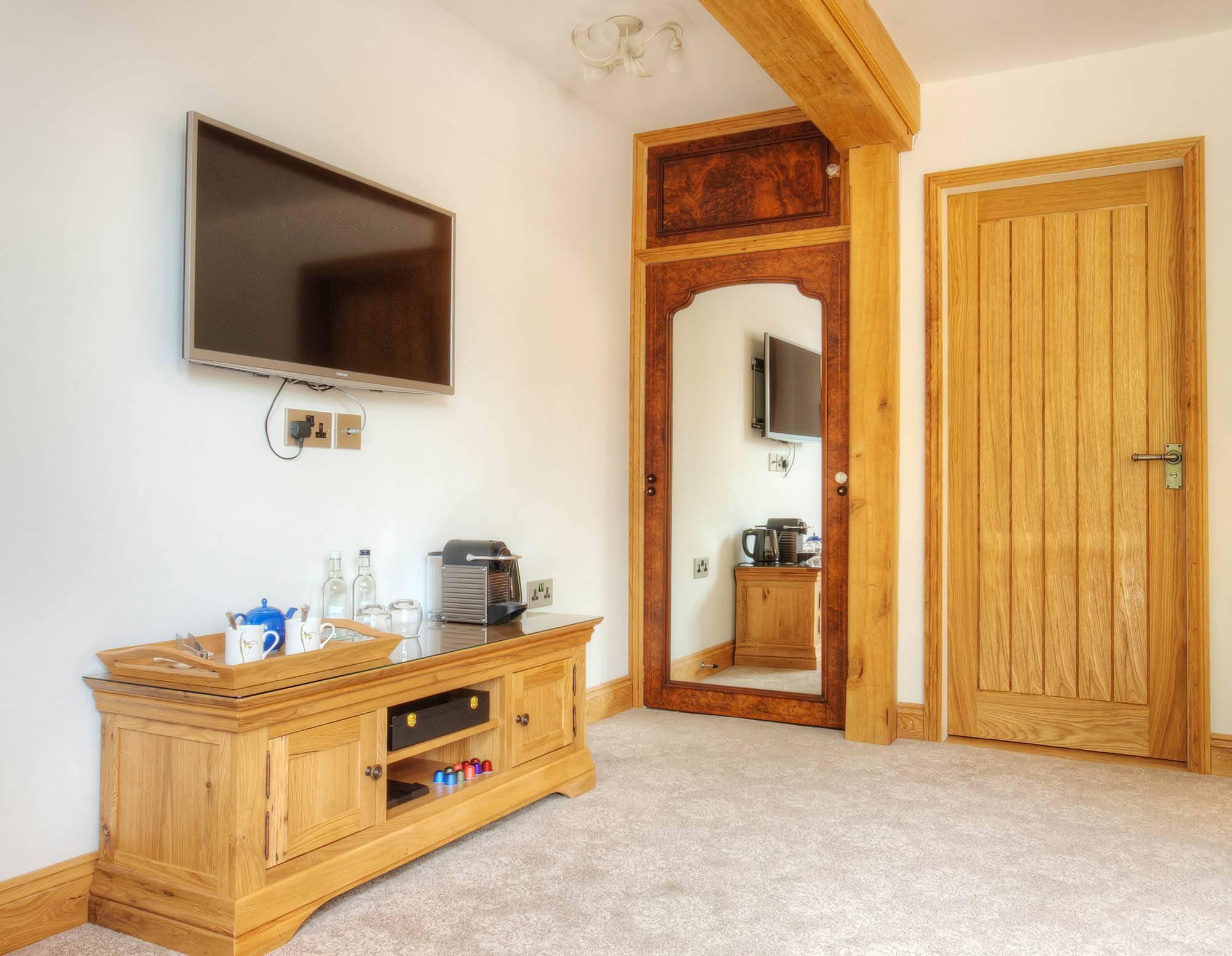 Alkham_BB_Dover_Kent_Pheasant_Room3