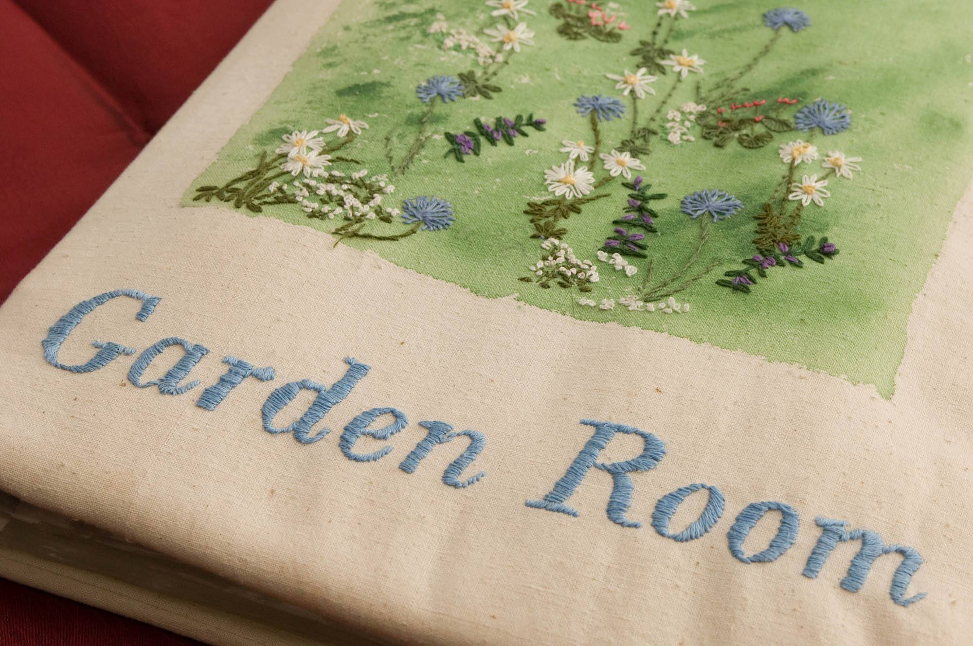 Garden_Room_Dover_Kent_Bed_Room_Cushion