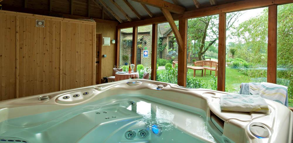 Hot_Tub_Bed_Breakfast_Dover