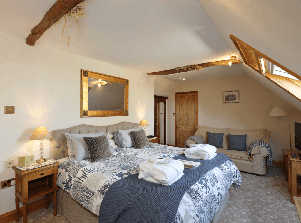Badger Room Farmhouse Bed And Breakfast Accommodation